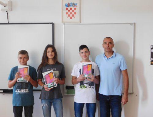 Nagrađeni najbolji učenici